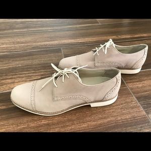 Beige leather Cole Haan Lace ups